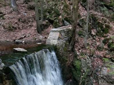 20_vodopady-2.png