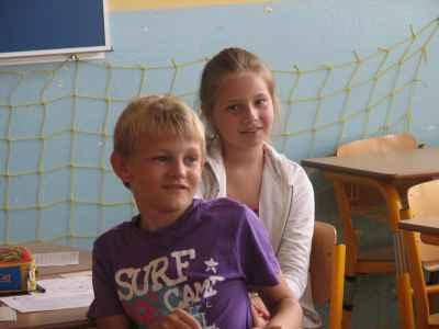 Napric-skolou-Jmena-cerven-2011-027.jpg